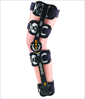 1e8e88bfd5 Contender Post-Op Knee Brace | SOS Medical